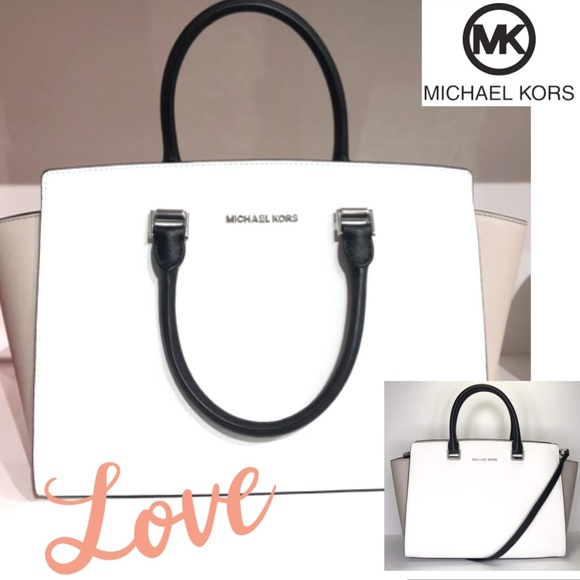 Michael Kors Handbags - 🔥Michael KORS Large Selma  Leather Gorgeous!